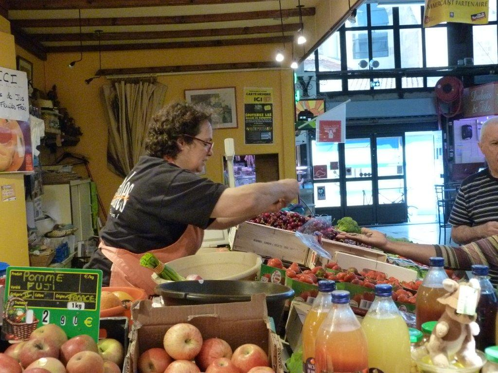 halles_de_narbonne_sarl_jalex_jackie_frances_primeur_fruits_legumes_frais_promotion_produits_locaux-09
