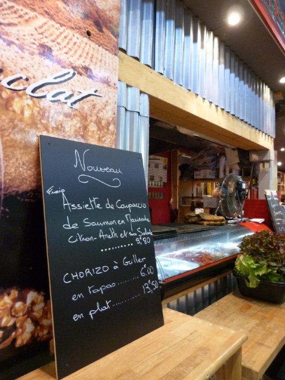 les_halles_de_narbonne_les_tapas_de_la_clape_firat_abbas_caviste_vin_tapas_manger_restaurant-01