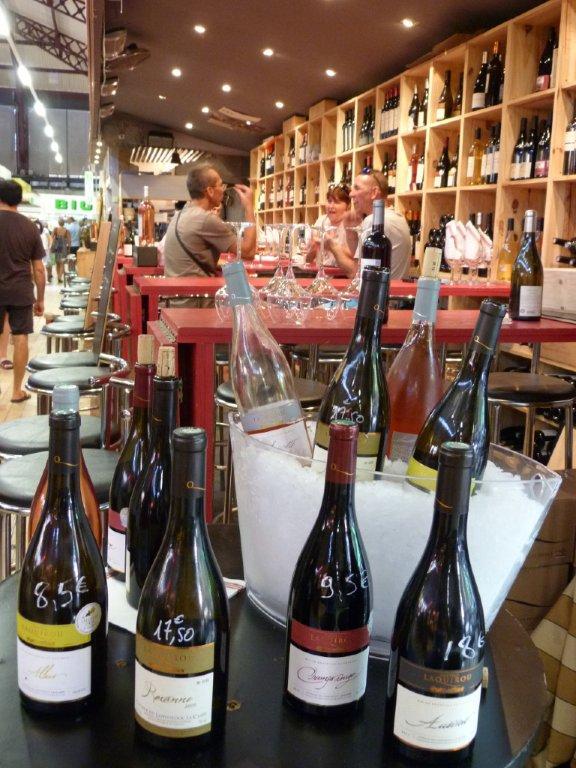les_halles_de_narbonne_les_tapas_de_la_clape_firat_abbas_caviste_vin_tapas_manger_restaurant-02