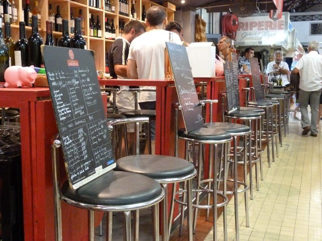 les_halles_de_narbonne_les_tapas_de_la_clape_firat_abbas_caviste_vin_tapas_manger_restaurant-09