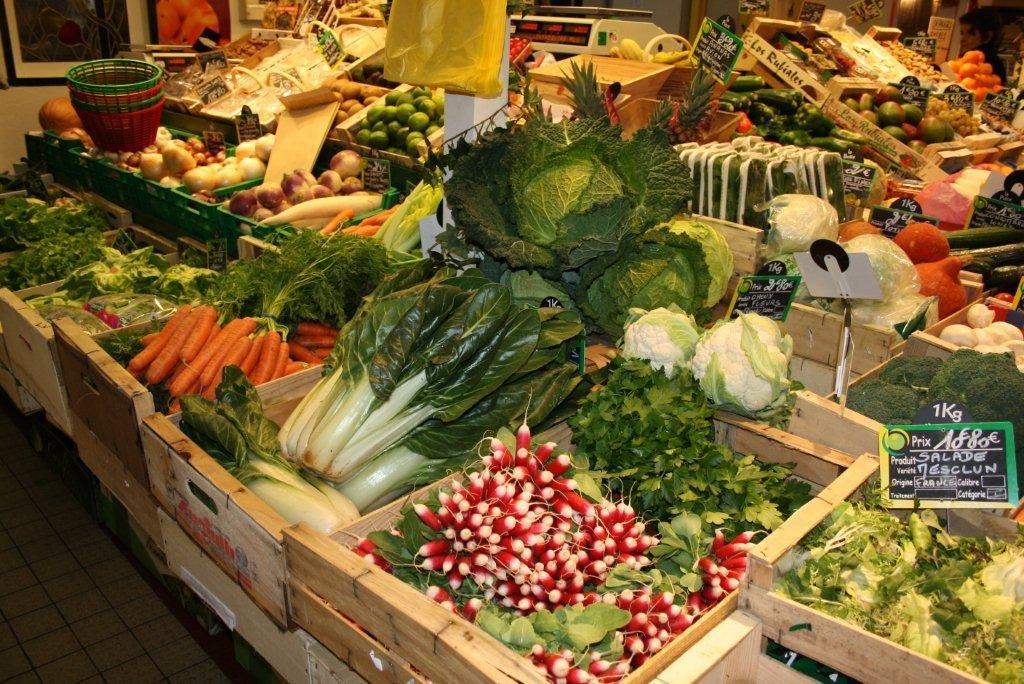 les_halles_de_narbonne_scprim_primeur_carlier_christophe_sylviane_fruits_legumes_frais_barenes-20