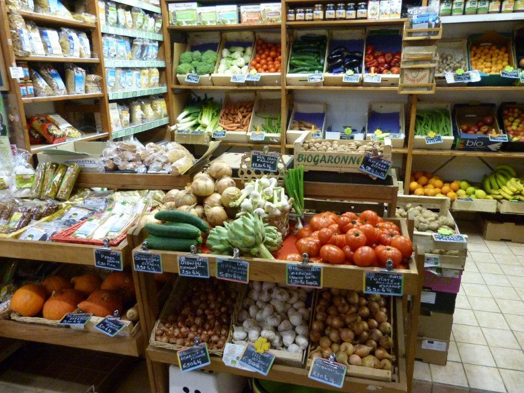 halles_de_narbonne_bio_nature_brigitte_guilhaumon_primeur_fruits_legumes_frais_promotion_produits_locaux-01