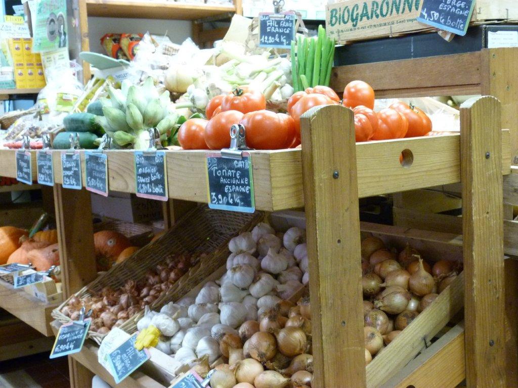 halles_de_narbonne_bio_nature_brigitte_guilhaumon_primeur_fruits_legumes_frais_promotion_produits_locaux-03