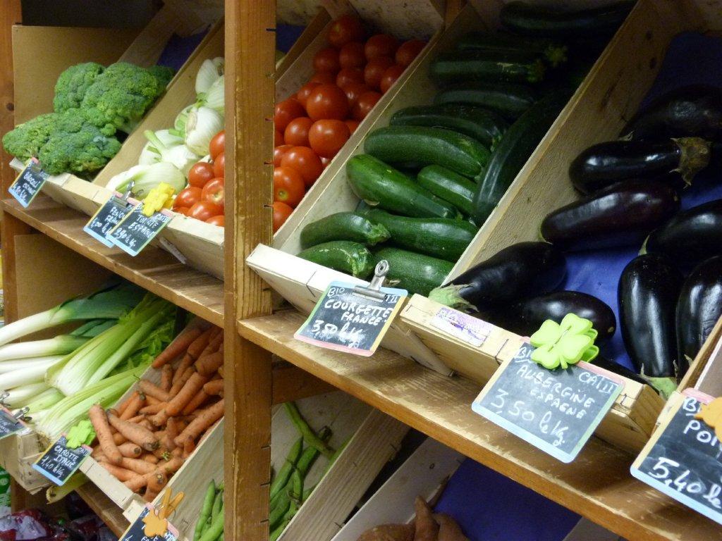 halles_de_narbonne_bio_nature_brigitte_guilhaumon_primeur_fruits_legumes_frais_promotion_produits_locaux-06