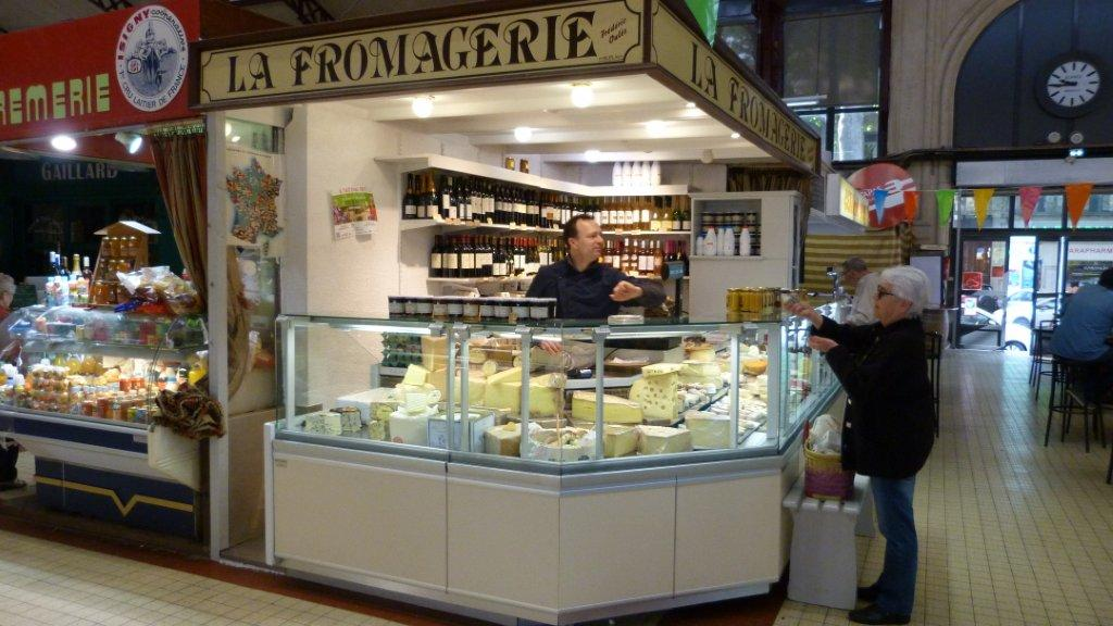 halles_narbonne_fromager_fromagerie_oules_fromage_creme_beurre-02