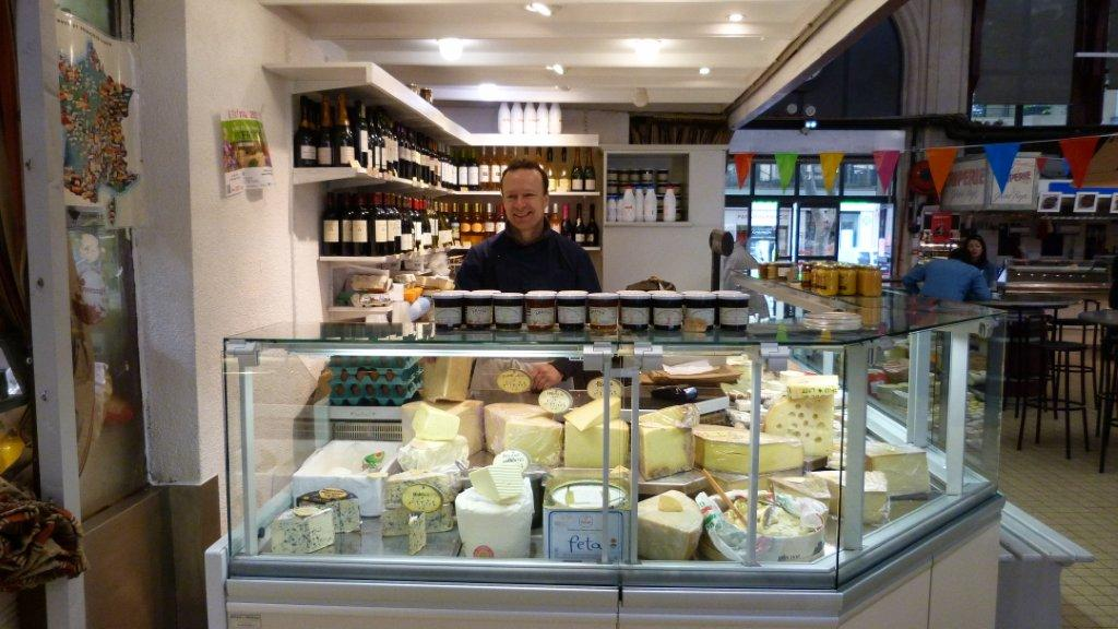 halles_narbonne_fromager_fromagerie_oules_fromage_creme_beurre-08