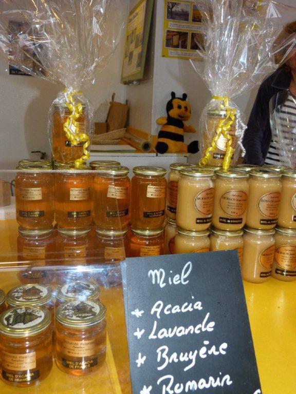 halles_narbonne_la-ruche-des-halles_miel_propolis_gelee-royale_sucettes_bonbons_33