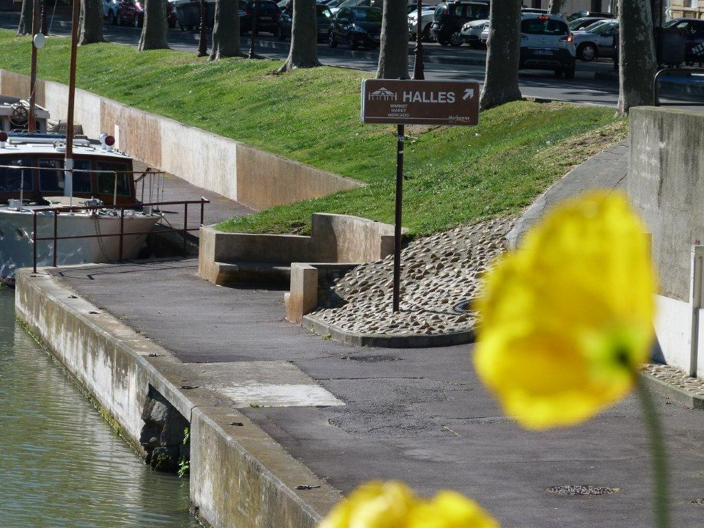 halles_narbonne_generalites_canal_velo_parking-05