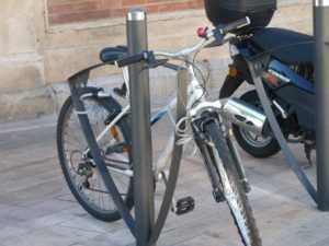 halles_narbonne_generalites_canal_velo_parking-09