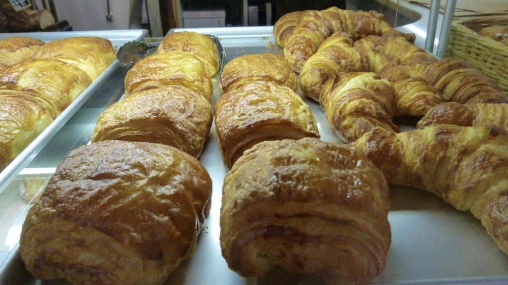 halles_narbonne_boulangerie_patisserie_la_baguette_d_anatole_pain_gateau-02