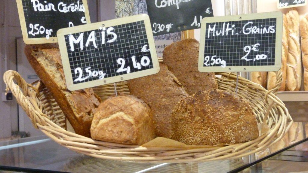 halles_narbonne_boulangerie_patisserie_la_baguette_d_anatole_pain_gateau-05