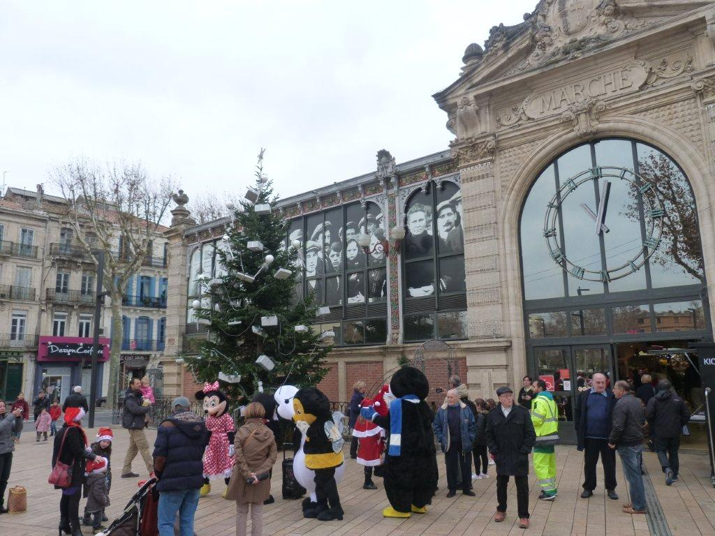 halles_narbonne_programme_fetes_fin_annee_noel_animations_culinaire_kioskasie_makis_sashimis_sushis_parade_pere_noel_2015-32