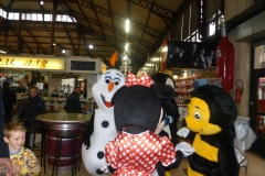 halles_narbonne_programme_fetes_fin_annee_noel_animations_culinaire_kioskasie_makis_sashimis_sushis_parade_pere_noel_2015-16