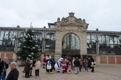 halles_narbonne_programme_fetes_fin_annee_noel_animations_culinaire_kioskasie_makis_sashimis_sushis_parade_pere_noel_2015-45